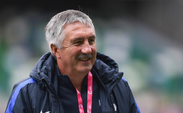 """Euro U19 - Gilles EYQUEM : """"Si j'ai 18 joueuses, c'est que je leur fais confiance"""""""