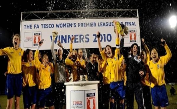 Leeds remporte la League Cup
