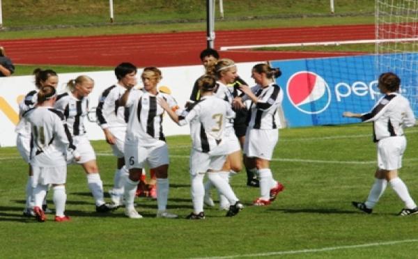 Juvisy s'impose 5-1 face au champion roumain
