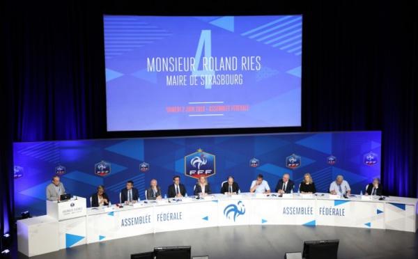 FFF - Règlements : les nouveautés et modifications, l'apparition de la licence club D1