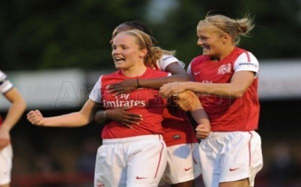Arsenal tout près du titre en Angleterre