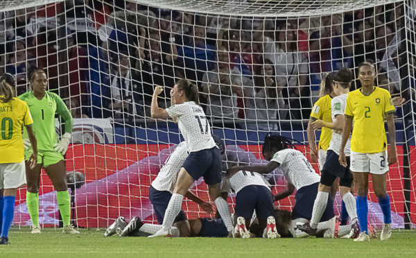 Coupe du Monde - La FRANCE qualifiée face au BRESIL sans briller