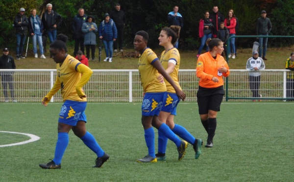 #D2F - J4 : Groupe A : ISSY seul leader