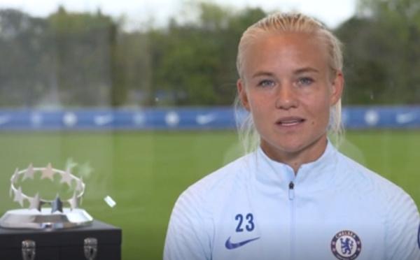 Trophée - Pernille HARDER, élue joueuse UEFA de l'année
