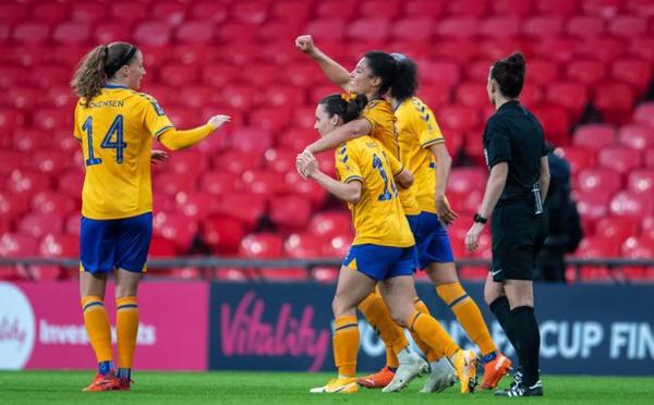 Etranger - GAUVIN buteuse en finale de la FA CUP, ASSEYI score aussi