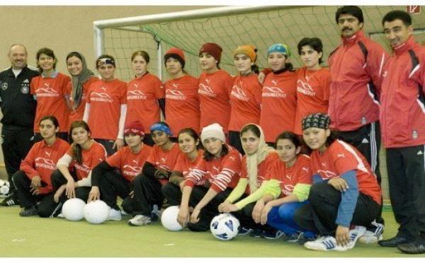 L'Afghanistan découvre le football féminin