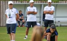 """Bleues - Olivier ECHOUAFNI : """"Si elles veulent connaître le succès, cela passe aussi par des détails"""""""
