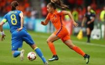 UEFA en chiffres - Licenciées, joueuses pro, affluences, budget