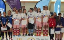 UNSS - Les filles de SALIES DU SALAT (31) championnes de France de futsal